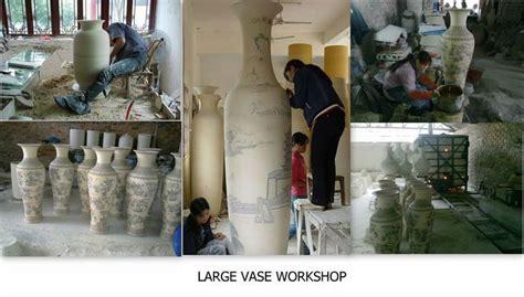 Set Bunga Dan Vase Botol By Galoon pola desain merak cantik tinggi dalam ruangan kuning vas