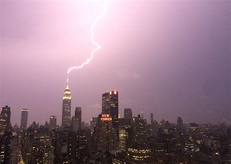 empire state building lights today watch the empire state building being struck by lighting