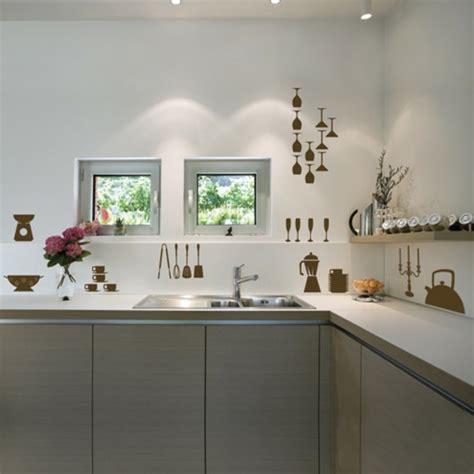 küche tapezieren ideen k 252 che wandgestaltung grau