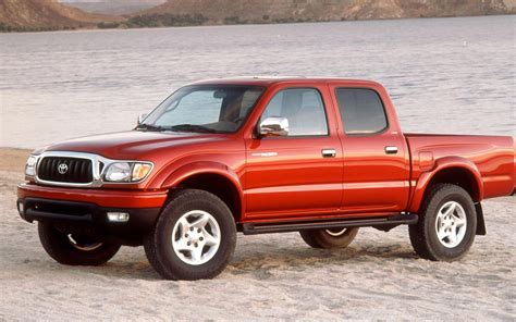 small engine maintenance and repair 2002 toyota tacoma regenerative braking 2001 2002 toyota tacoma front view 193417 photo 1 trucktrend com