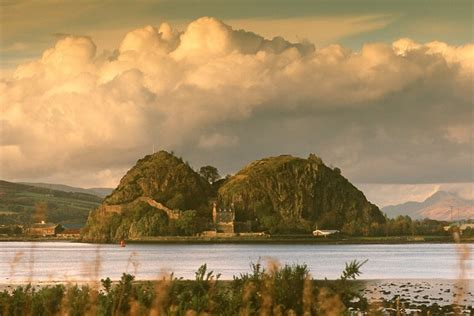 dumbarton visitor guide accommodation