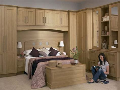 Interior Farnichar by 1920x1440 Fitted Bedroom Furniture Tuscany Beech Door Design Farnichar Dizain Door Jpg 1920
