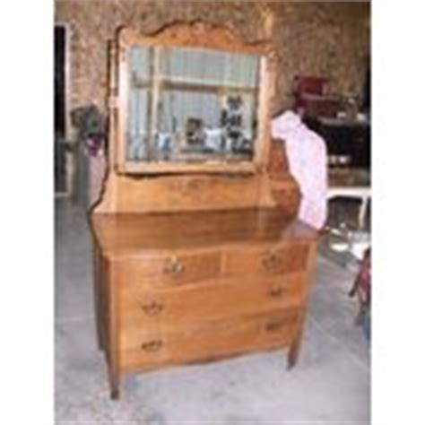 Antique Dresser Rescue And History Rushville Indiana The Vintage Storehouse Company Antique Oak Dresser Vanity Late 1800s Early 1900 S 08 10 2010