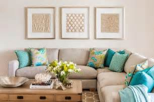 Turquoise Living Room Pillows How The Splash Of Turquoise Lifts The Cushions From