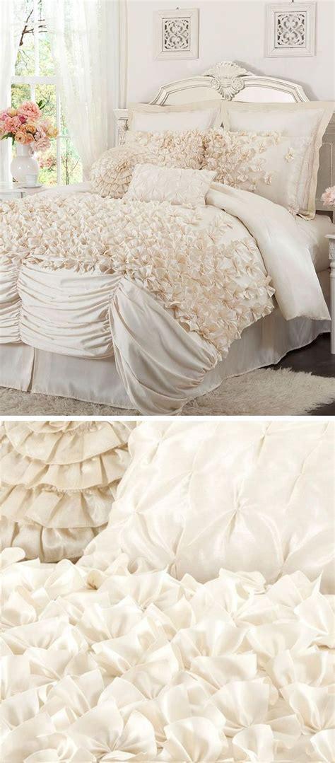ivory ruffle comforter 17 best ideas about ruffled comforter on pinterest