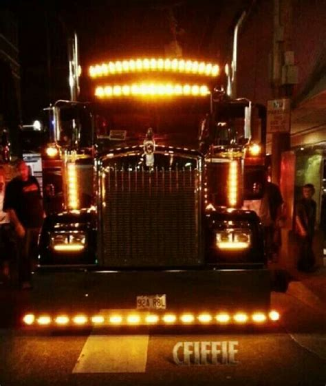 chicken lights for trucks big rig at night with chicken lights amazing and cool
