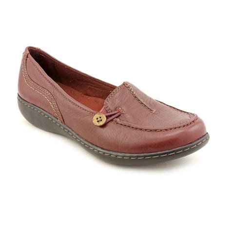 clarks loafer clarks clarks ashland scurry n s leather burgundy
