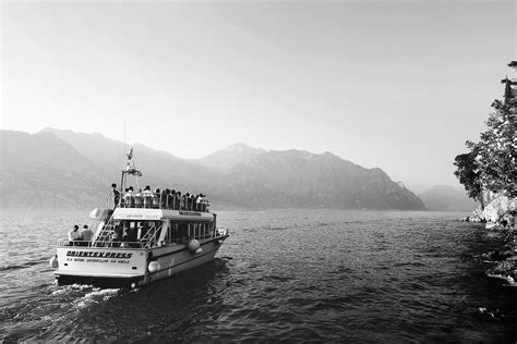 boat trip lake garda lake garda wedding virginia and nicholas