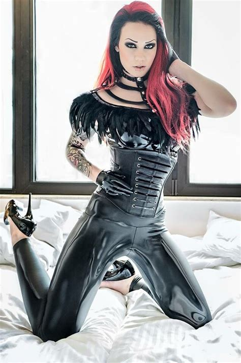 kinky super beauties 295 best images about goth girls on models dark beauty and corsets