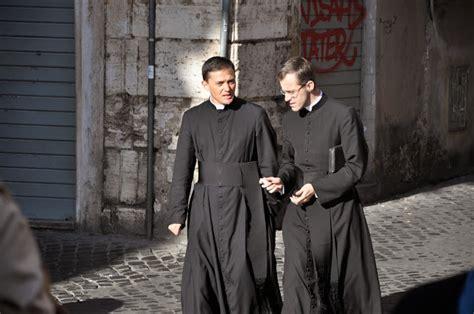 sede ecus roma valor crucis h 225 bito talar sacerdotal