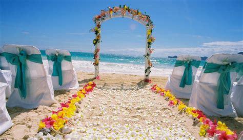Shawn & Aki Wedding beach setup at Bellows Beach