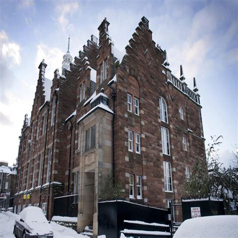 appartments in edinburgh the old schoolhouse hostel apartments in edinburgh best