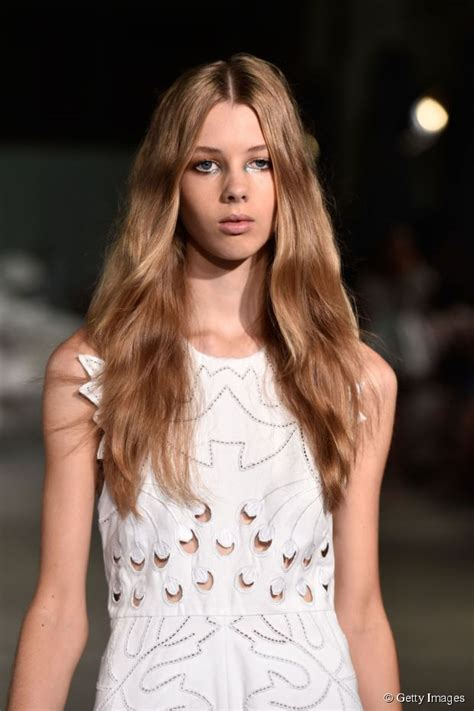 casual summer hairstyles  long hair