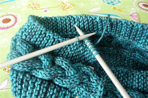 pm in knitting knitting cabled knit hat tutorial imagine gnats