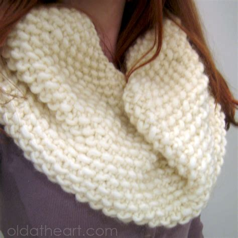 pattern for simple knitted cowl 301 moved permanently