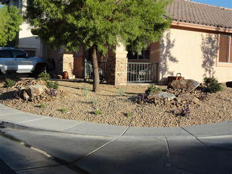 Desert Landscaping W Walkway Cacti Landscapes Las Vegas Las Vegas Backyard Landscaping