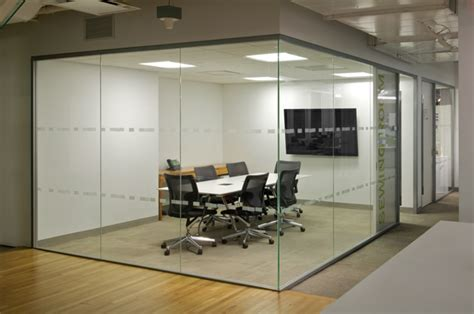 Folie Na Sklo Bauhaus by Reflecting On Glass Walls Coe Will Photography