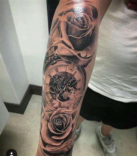 Moderne Tattoos Vorlagen pin ciar 225 n quigley auf tattoos ideen vorlagen und lilien