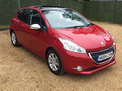 peugeot 208 red used red peugeot 208 for sale dorset