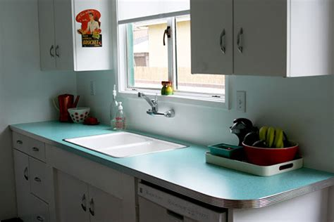Laminating A Countertop by Laminate Kitchen Countertops Houselogic Kitchen Remodeling Tips