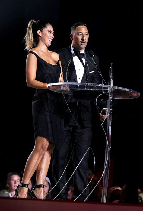Shows New Do At The Awards by 2013 New Zealand Awards Show Zimbio