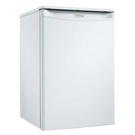 danby 2 5 cu ft mini refrigerator in white dar259w the