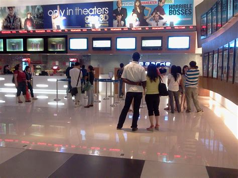 cineplex singapore filmgarde cineplex iluma