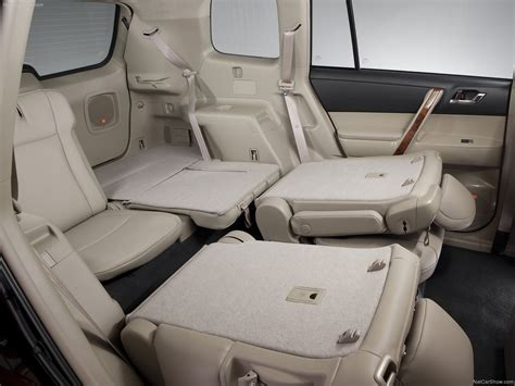 Toyota Captains Chairs Toyota Highlander With Captains Chairs Autos Post