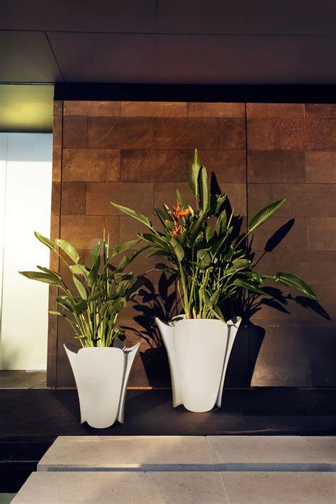 Vondom Planters pezzetina pot flowerpots planters from vondom architonic