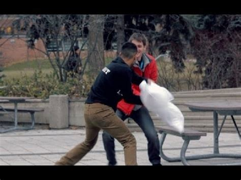 how to a pillow fight pillow fight prank