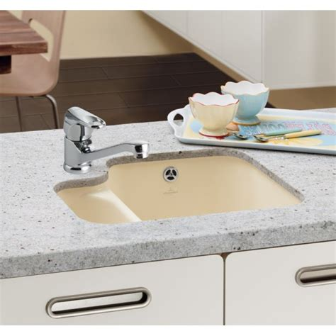 White Porcelain Kitchen Sinks Undermount Villeroy Boch Cisterna 60b 1 5 Bowl White 545mm X 440mm Undermount Ceramic Kitchen Sink 6702