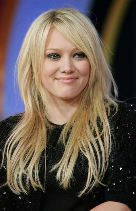 lindsay lohan middle parting fringe images best 20 hillary duff hairstyles ideas on pinterest side