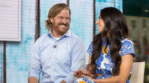 where do chip and joanna gaines live chip and joanna gaines reveal the cover of chip s new book