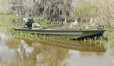 boats unlimited louisiana go devil manufacturers donates special boat to louisiana