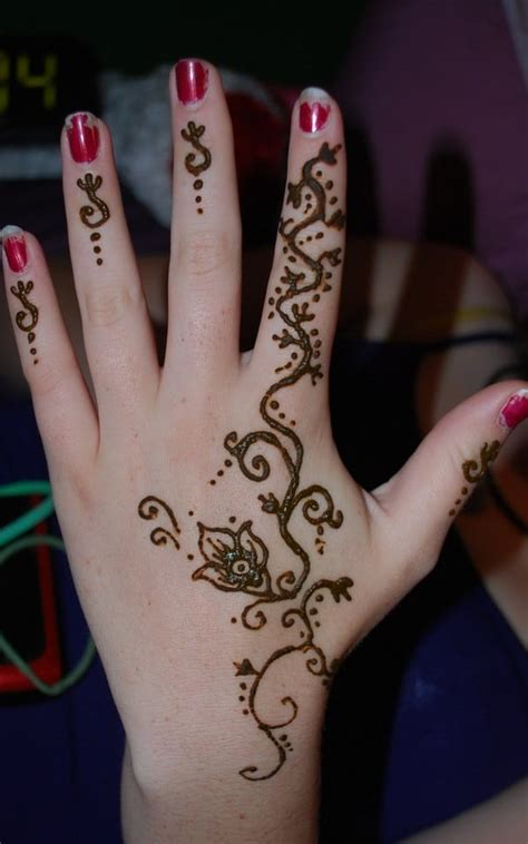 tribal tattoo hand designs 20 stylish and lovely henna designs for sheideas