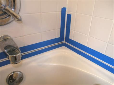 how to seal a bathtub dover projects how to caulk a bathtub