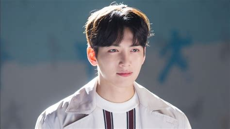 film baru ji chang wook 2017 quot suspicious partner quot pd has nothing but praise for actor
