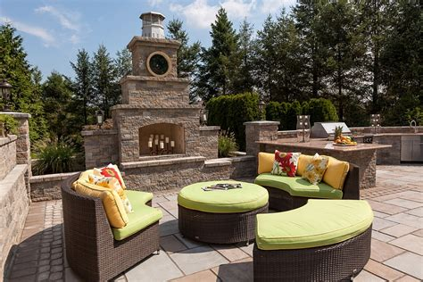 backyard escapes kim granatell s new jersey home gets a trendy new backyard