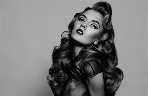 pin up hairstyles for black women with long hair bombshell wedding hair big retro waves pinup bride 1