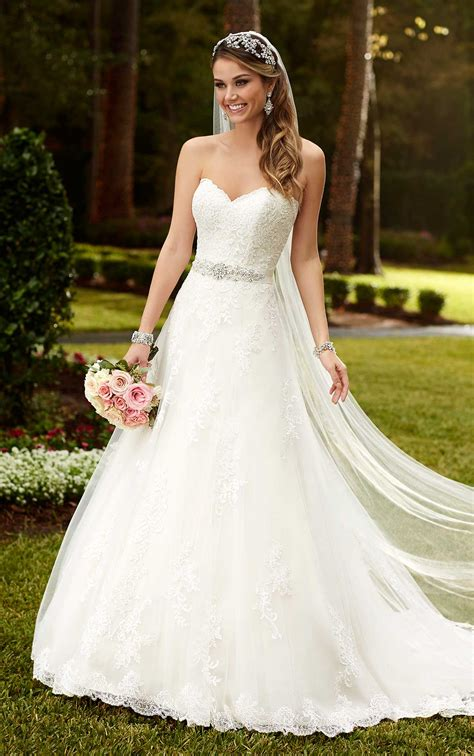 Stella York 6133 Wedding Dress A line Princess Dress   Sale at £980