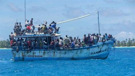 refugee boats coming to australia asylum seeker policy in australia omnis terra