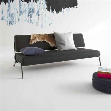 divano con ruote divano letto debonair con ruote design scandinavo in tessuto