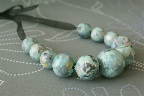 How To Make A Paper Bead Necklace - facts around us how to make a paper bead necklace