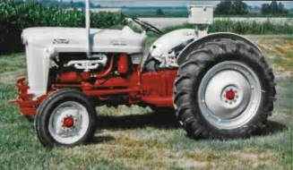 tracking a family tractor 1953 ford naa golden