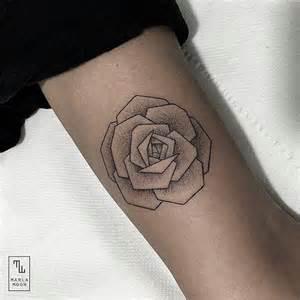tattoo geometric rose best 25 geometric rose tattoo ideas on pinterest