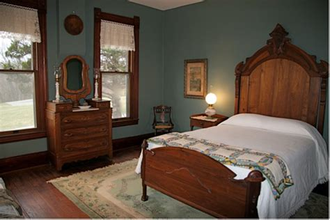 victorian bedrooms victorian themed bedroom interior designing ideas