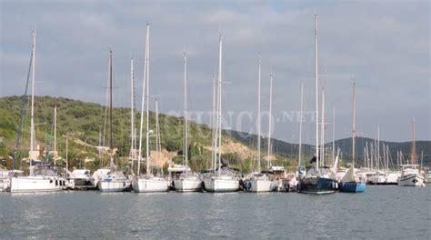 porto talamone porto chiuso a talamone per le barche pi 249 grandi il