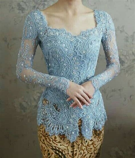 desain dress batik terkini 25 best ideas about kebaya on pinterest kebaya muslim