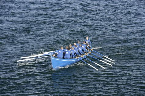 types of boats you row file ormurin langi a faroese rowing boat 26 ft jpg