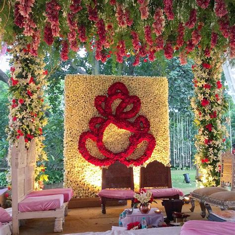 flowers wedding decorations wedding mandap decorated with lilies roses and traditional